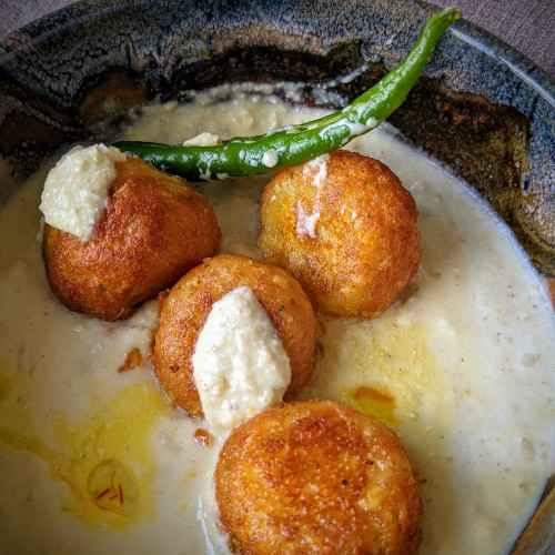 Paneer balls in Saffron-Almond sauce